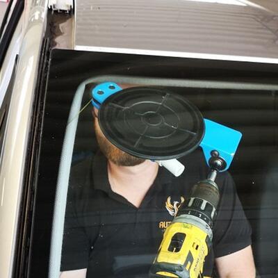 Frontscheibentausch Ford S-Max/Galaxy mit Heizung und Sensor